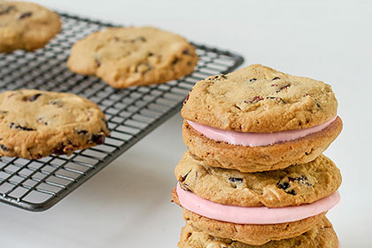 Cranberry and White Chocolate Cookie Sandwiches
